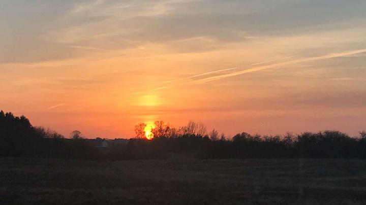 Photo d'un coucher de soleil vu du bureau d'Élisabeth