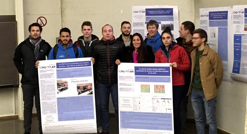 Karim Knis et les étudiants en éducation physique de la HERS