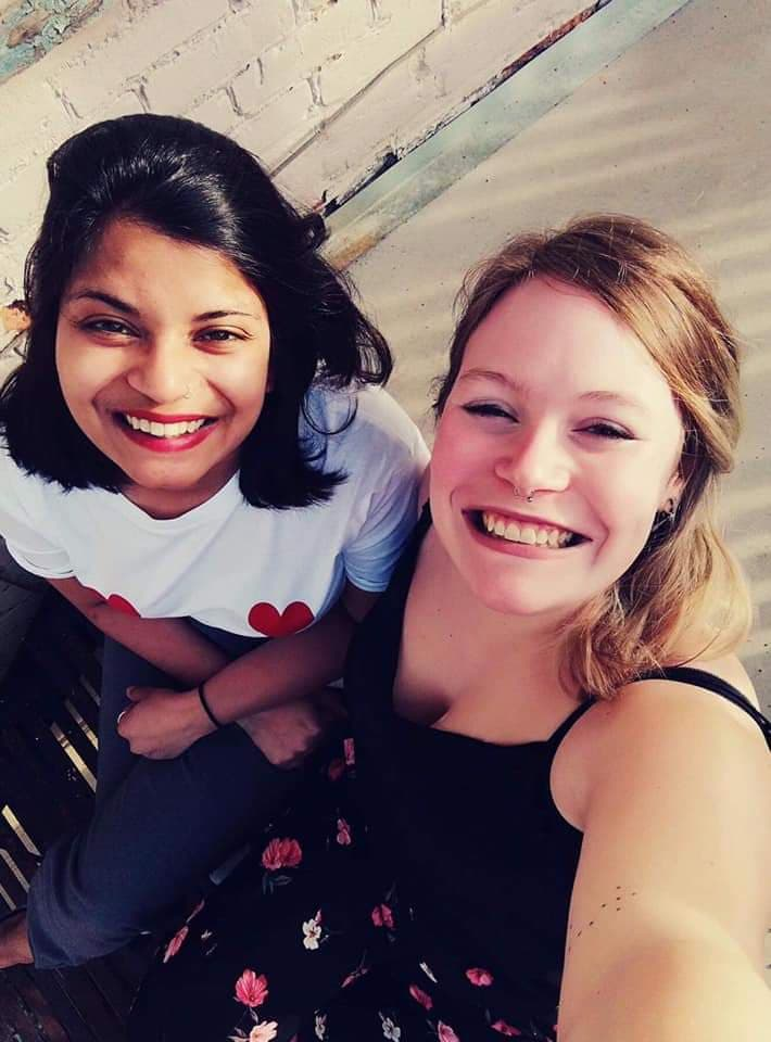 Selfie de Naïna et Manonà Montréal
