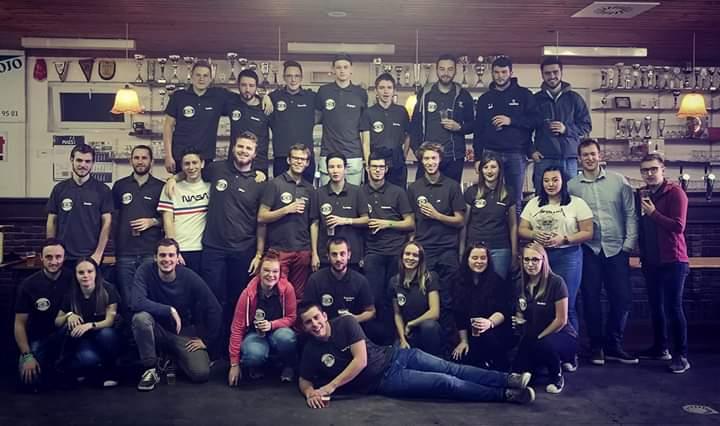 Photo de l'équipe du Bar en Bois - 2018