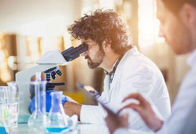 chimie etudiant labo